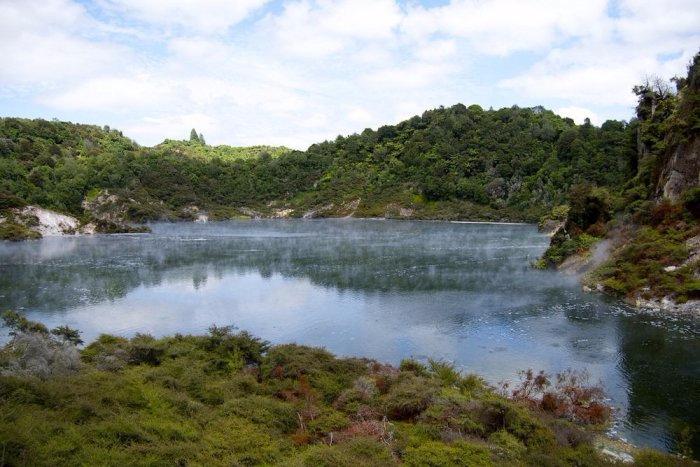 горячее озеро Фрайинг Пан 2 (700x467, 304Kb)
