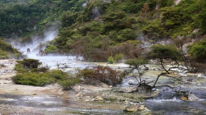 горячее озеро Фрайинг Пан 4 (700x393, 308Kb)