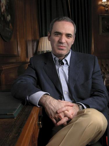 3906024_Kasparov36 (375x500, 44Kb)
