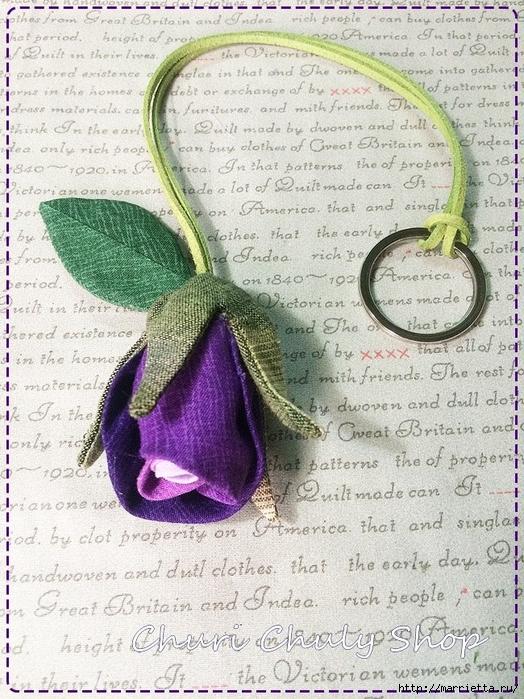 Розы из ткани. Подвеска для брелка своими руками (20) (524x700, 377Kb)
