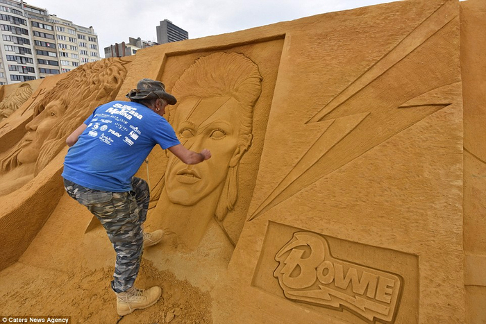 песочные скульптуры  11 (700x467, 362Kb)