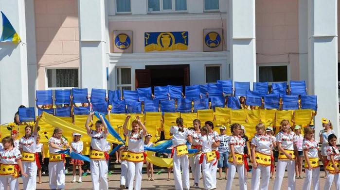 ukraina_2015 (700x392, 335Kb)