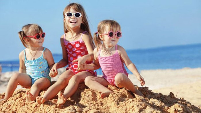 Важный аксессуар: Нужны ли солнцезащитные очки для ребёнка