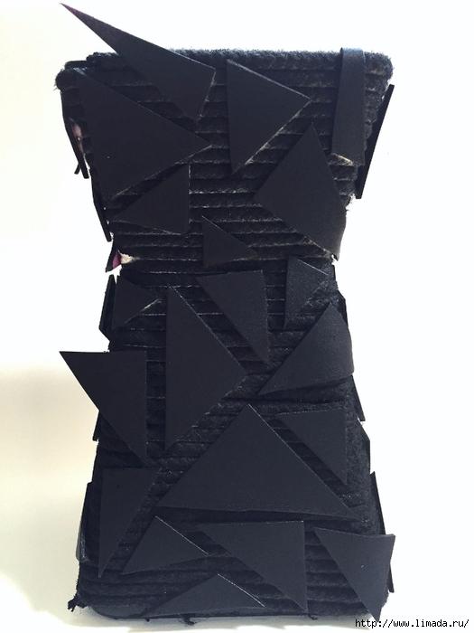 black-vase (525x700, 180Kb)