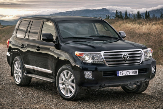 Land-Cruiser-200-2012-2015-550x366 (550x366, 205Kb)