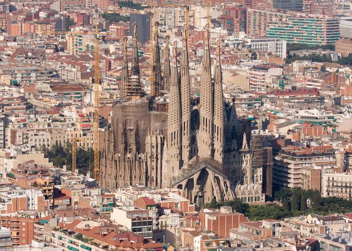 собор святого семейства барселона 1 (700x500, 625Kb)