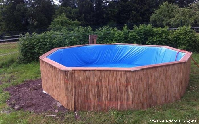 ideias baratas jardins:Как построить бассейн на даче своими