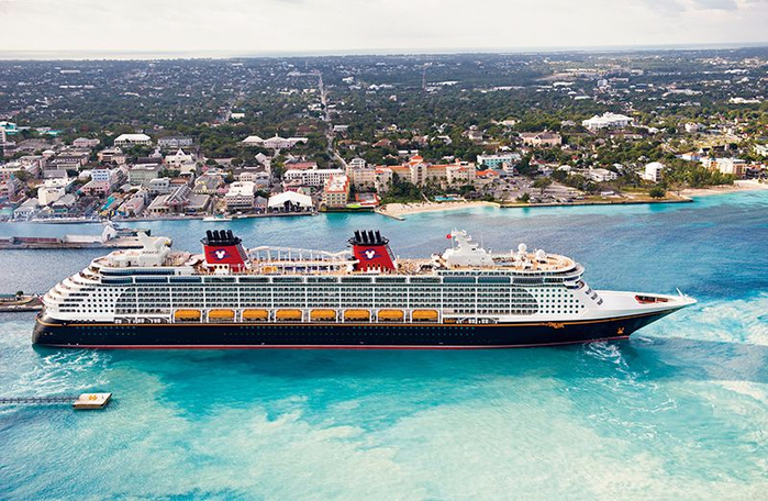 круизный лайнер Disney Dream 7 (700x456, 419Kb)