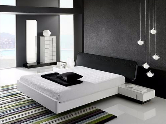 Black-Wall-Paint-Color-Bedroom-Decoration-with-Creative-Ceiling-Light-Ideas-and-White-Marble-Floor-Design-Also-Using-Extra-Large-Rugs-Decorative (700x523, 220Kb)
