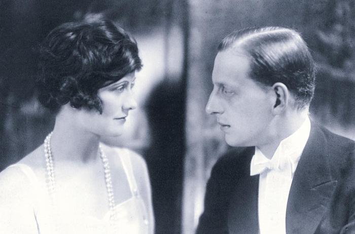 Coco Chanel и Великий князь Дмитрий Павлович (700x462, 217Kb)