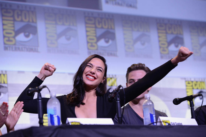 wonder-woman-comic-con-25jul16-01 (700x466, 250Kb)