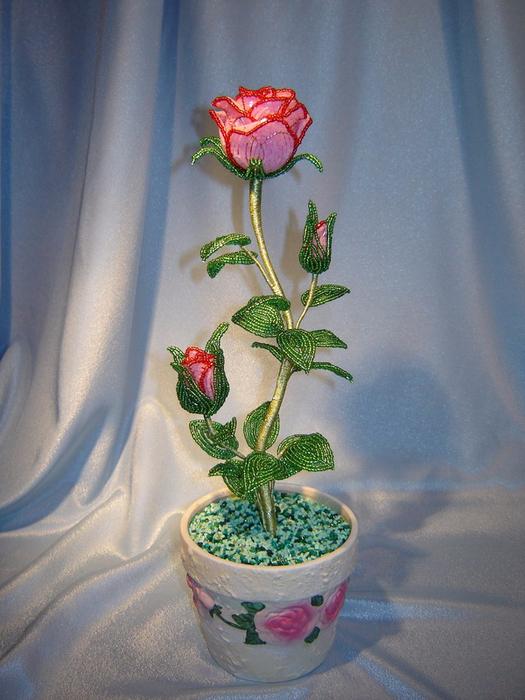 Розы из бисера (2) (525x700, 407Kb)