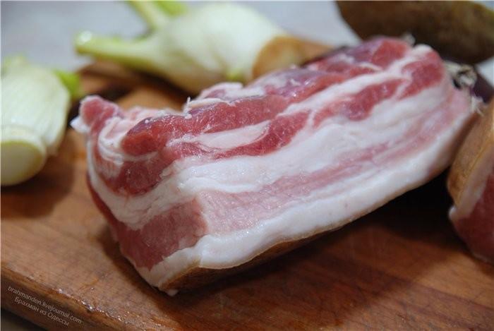 Как солить сало с прослойками мяса в домашних условиях