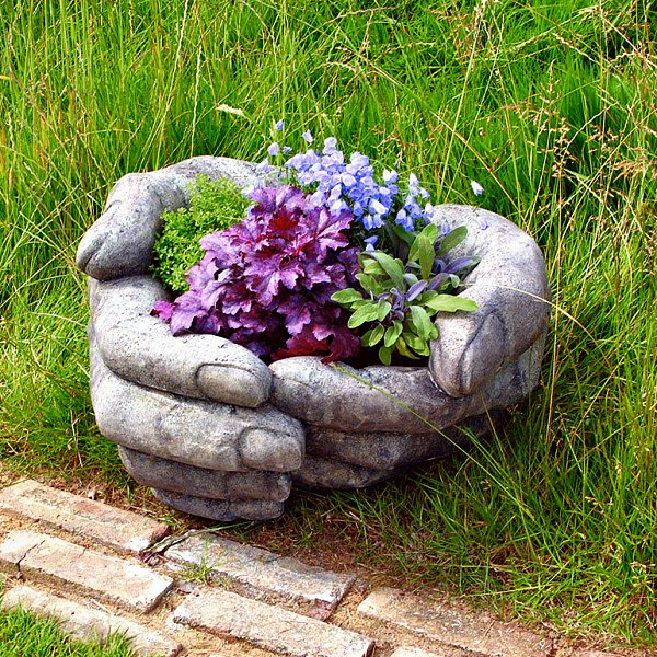 cupped-hands-planter-01-600 (600x600, 758Kb)
