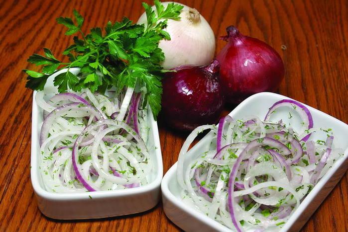 Маринованный лук для салатов/3740351_ (700x467, 71Kb)