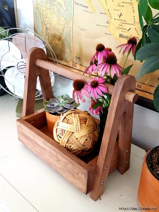 DIY-Wooden-Caddy-Tote-Tutorial...-with-Free-Building-Plans-Reality-Daydream-_storage-_organizati-1 (525x700, 295Kb)