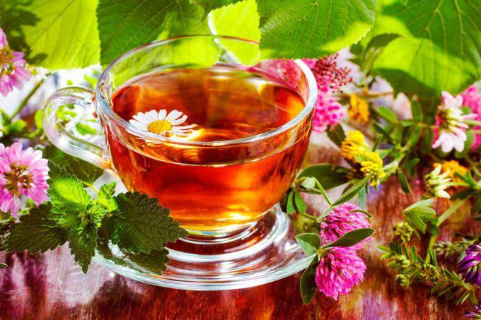 самые полезные травяные чаи для женщин/3085196_246389_576077a42f981576077a42f9d2 (680x453, 79Kb)