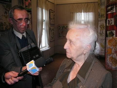 Фурманова А.Д. – дочь Д.А.Фурманова. г. Фурманов. 2003 г. (480x360, 121Kb)