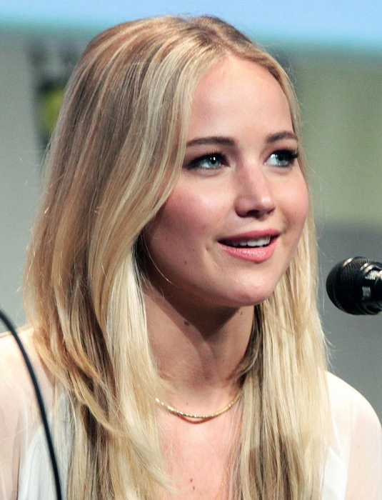 4208855_Jennifer_Lawrence_SDCC_2015_XMen (535x700, 282Kb)