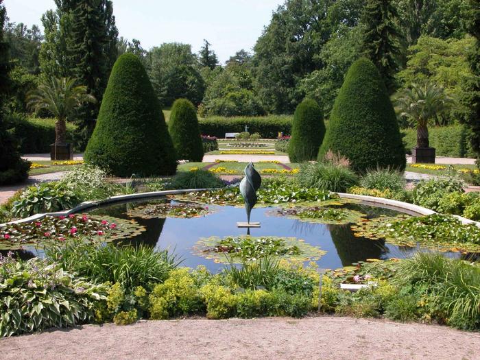 Botanischer-Garten-Berlin-Dahlem-Italienischer-Garten (700x525, 552Kb)