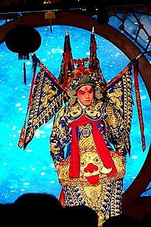 220px-Beijing-Opera2 (220x330, 150Kb)