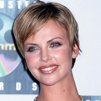 charlize-theron-pixie-fb-478615751 (325x325, 28Kb)