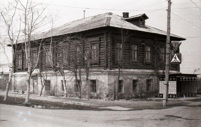Здание Середского Волостного правления (утрачено) . Именно здесь до 1918 года находилась Середской народная библиотека. Фото 70- х гг. ХХ века. (700x443, 330Kb)