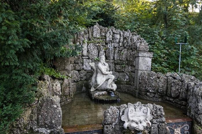 Дворец Хельбрунна — достопримечательность Зальцбурга в Австрии