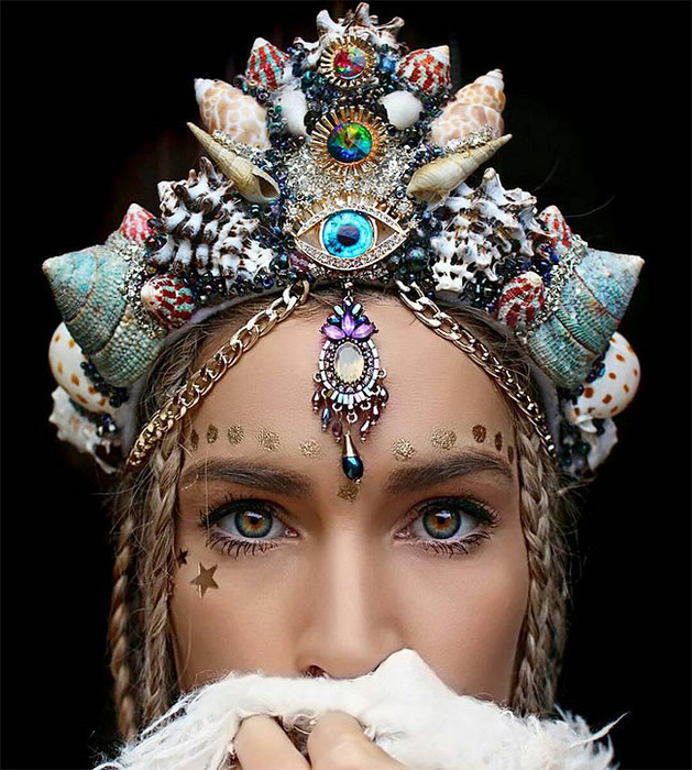 fabulous-crown-made-of-shells-02 (629x700, 152Kb)