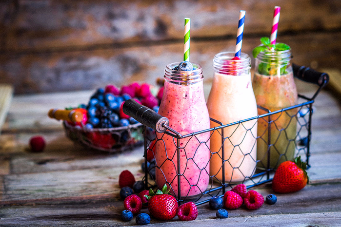 Smoothies-i-mix-di-frutta-che-fanno-bene-alla-salute (700x466, 446Kb)