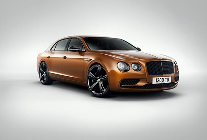 Самый быстрый седан в истории Bentley (фото Flying Spur)