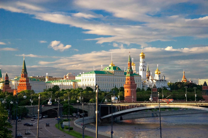 3937404_Vid_na_Krasnyu_ploshad_v_Moskve (700x466, 200Kb)