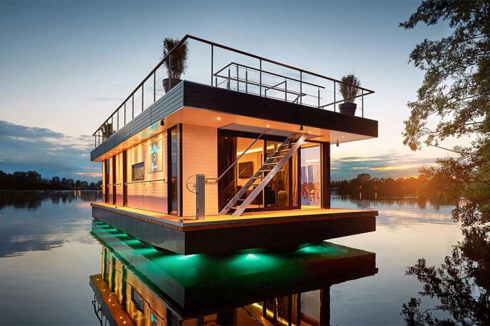 плавучий дом 1 (700x466, 357Kb)