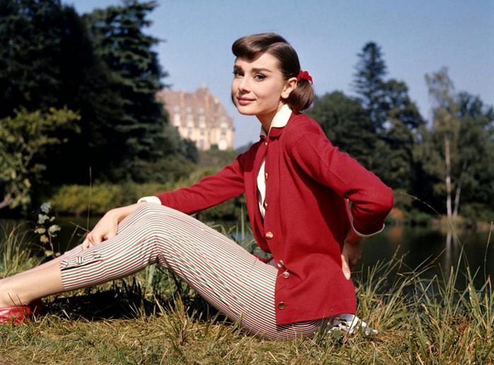 Модные образы знаменитостей: как одеваться в стиле Одри Хепберн