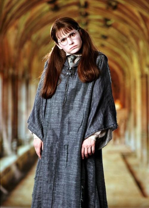 Она давно не ребенок! 10 самых «возрастных» актрис, игравших подростков