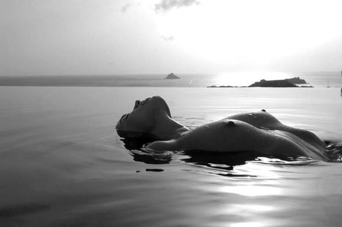 Изысканный разврат в эротических фото Жана Филиппа Питера