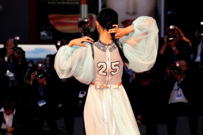 Красная ковровая дорожка 73 го Венецианского кинофестиваля
