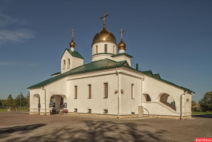 Свято-Троицк собор Колпино (700x468, 222Kb)