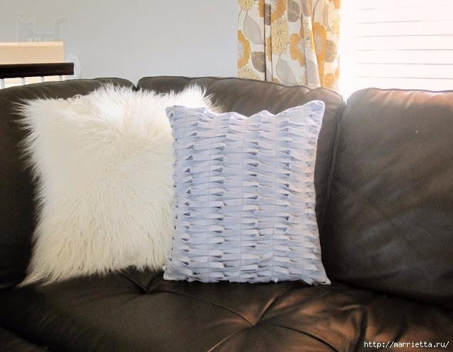 Декоративная подушка из фетра с декором из переплетенных полосок (7) (640x498, 174Kb)