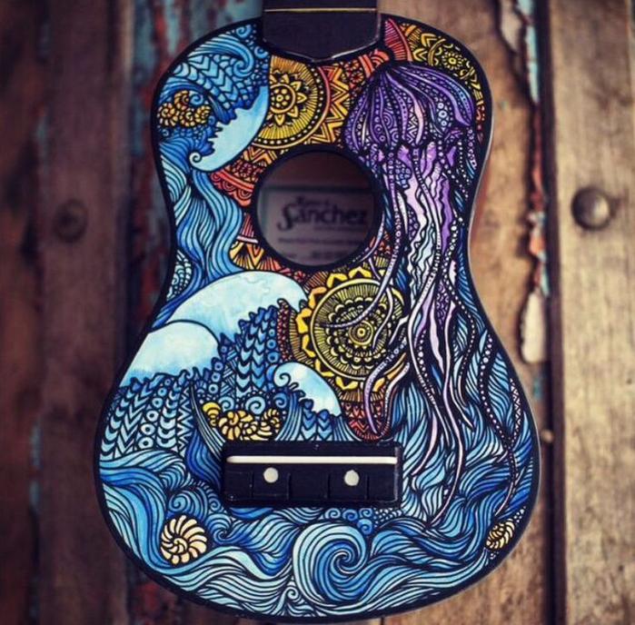 росписные музыкальные инструменты Lauren Swan 6 (700x688, 545Kb)