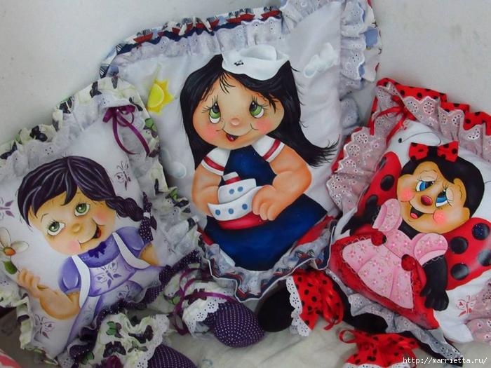 Детские подушки-куклы с росписью акриловыми красками (43) (700x525, 300Kb)
