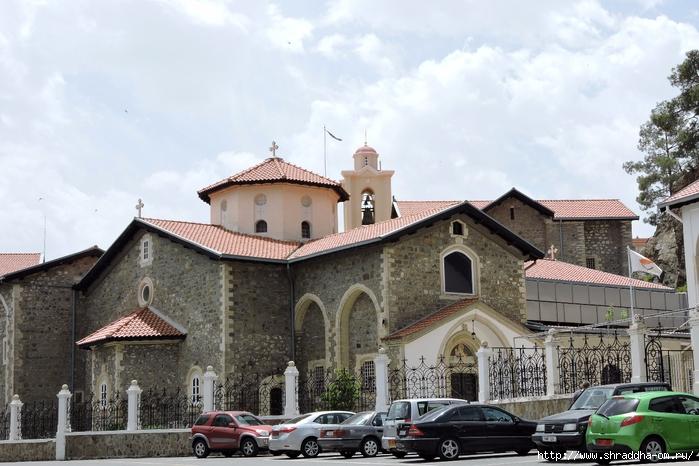 Кипр, монастырь Киккос, май 2016 (2) (700x466, 279Kb)