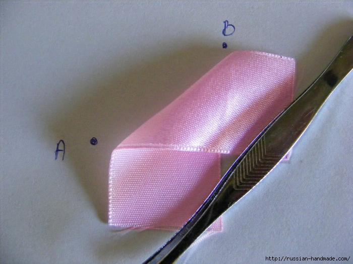 Ободок для волос с цветами из атласных лент. Мастер-класс (4) (700x525, 269Kb)
