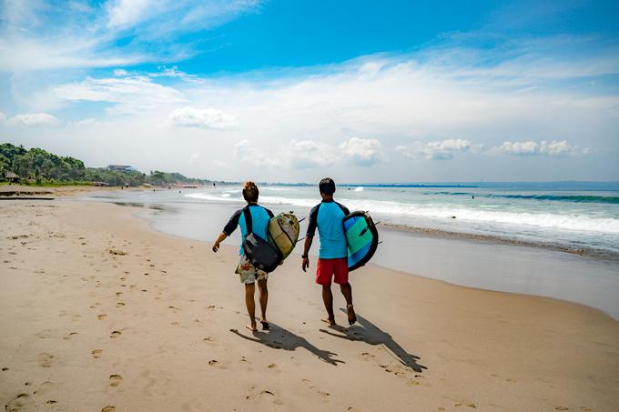 Bali-surfers-beach-H (680x453, 333Kb)