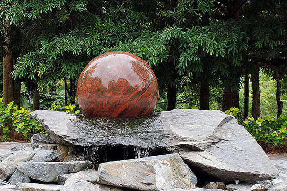 national_botanic_orchid_garden_swiss_ball_fountain_3 (560x373, 128Kb)