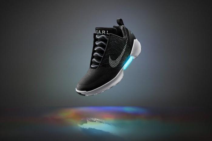 Кроссовки с автоматической шнуровкой Nike HyperAdapt 1.0 можно будет купить с 28 ноября