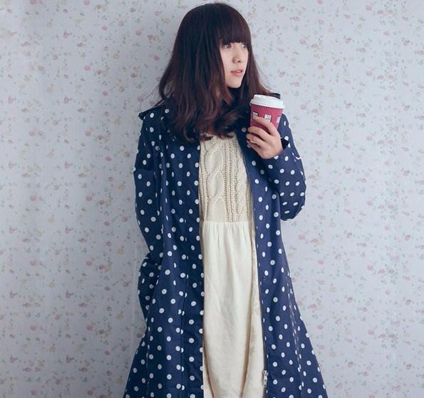 Хиты-2014-продажа-мода-длинные-нейлон-взрослых-плащ-женщин-симпатичные-белый-горошек-дождь-пончо-плащ-пальто (595x558, 296Kb)