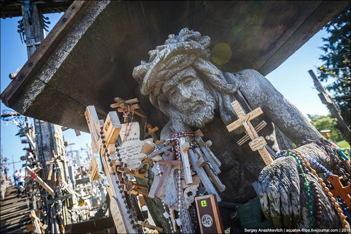 Странные места мира. Гора крестов в Литве