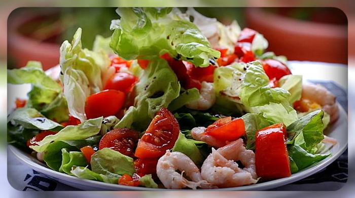 салат из морепродуктов (700x391, 155Kb)