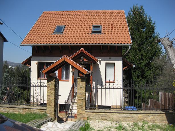 Hungary_Mishkoltz_56 (614x460, 270Kb)